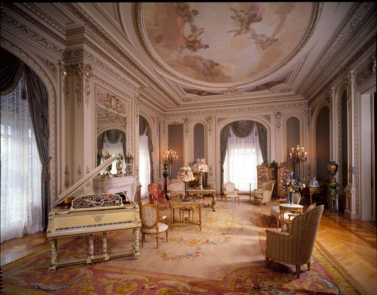 drawing-room-with-piano